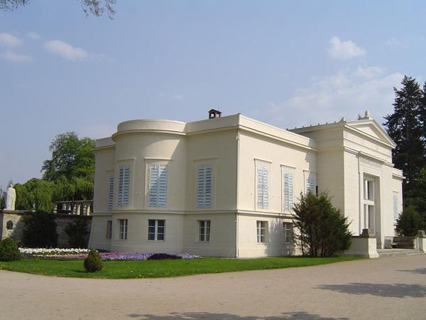 Schloss-Charlottenhof